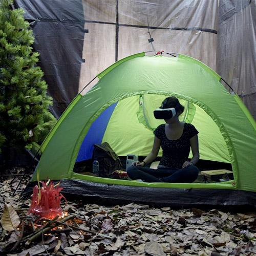 "<span class=""caps"">VR</span> Camping"